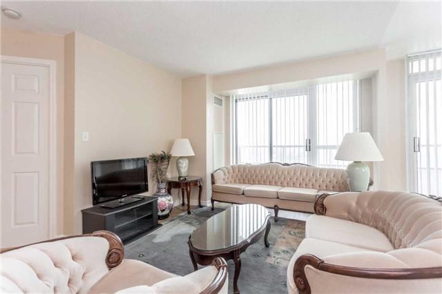 Condo Apartment at 18 Spring Garden Ave, Unit 1708, Toronto, Ontario. Image 16