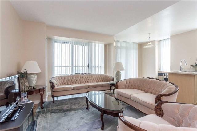 Condo Apartment at 18 Spring Garden Ave, Unit 1708, Toronto, Ontario. Image 17