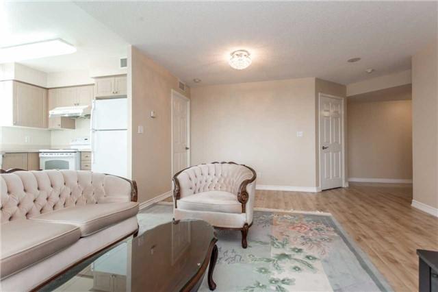 Condo Apartment at 18 Spring Garden Ave, Unit 1708, Toronto, Ontario. Image 18