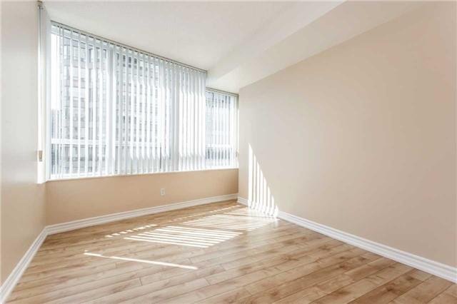 Condo Apartment at 18 Spring Garden Ave, Unit 1708, Toronto, Ontario. Image 7
