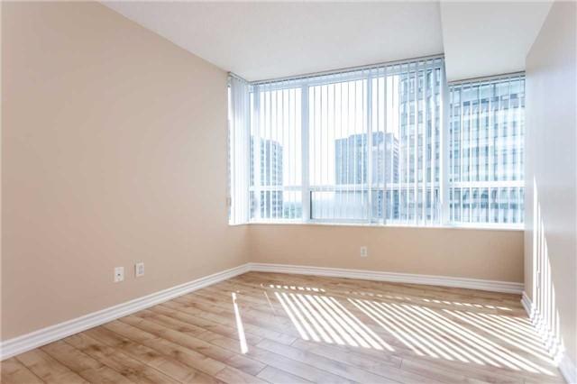 Condo Apartment at 18 Spring Garden Ave, Unit 1708, Toronto, Ontario. Image 8