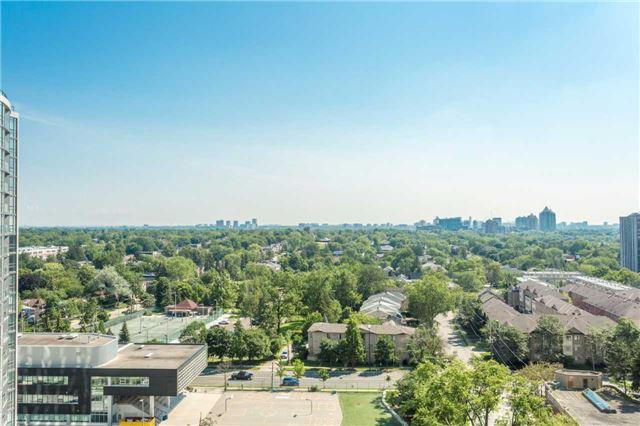 Condo Apartment at 18 Spring Garden Ave, Unit 1708, Toronto, Ontario. Image 11