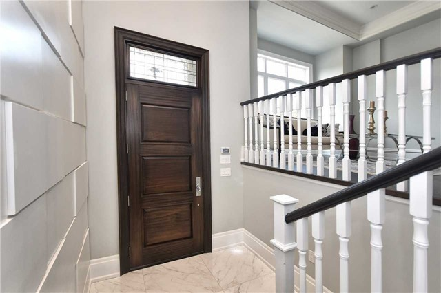 Detached at 409 Deloraine Ave, Toronto, Ontario. Image 12