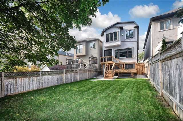 Detached at 409 Deloraine Ave, Toronto, Ontario. Image 11
