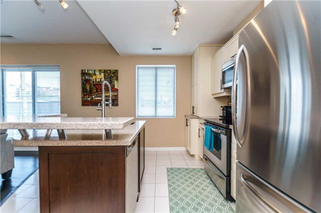Condo Apartment at 600 Eglinton Ave E, Unit 104, Toronto, Ontario. Image 14