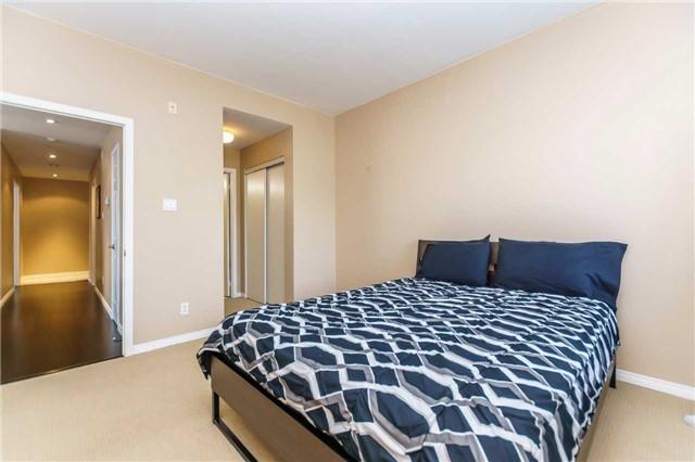 Condo Apartment at 600 Eglinton Ave E, Unit 104, Toronto, Ontario. Image 17