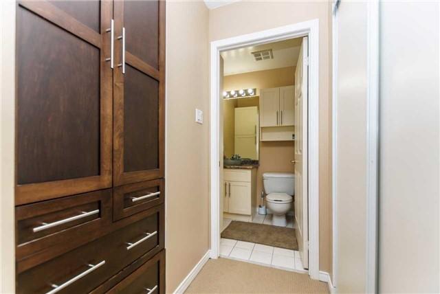Condo Apartment at 600 Eglinton Ave E, Unit 104, Toronto, Ontario. Image 18