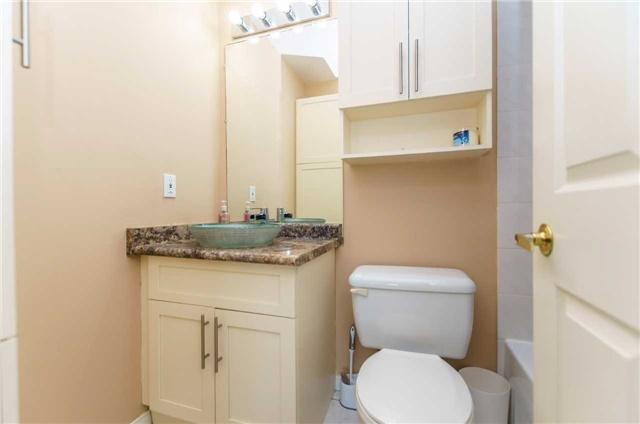 Condo Apartment at 600 Eglinton Ave E, Unit 104, Toronto, Ontario. Image 2