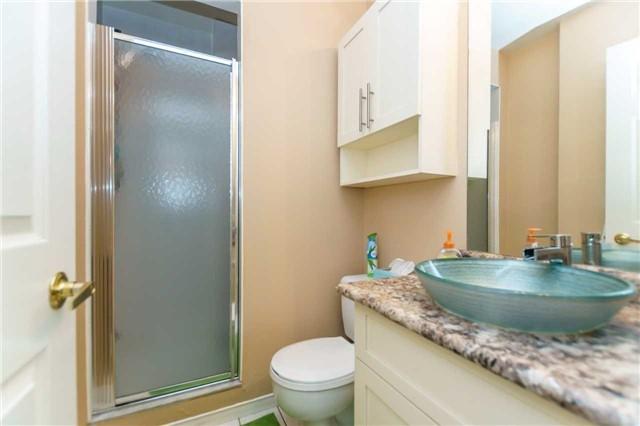 Condo Apartment at 600 Eglinton Ave E, Unit 104, Toronto, Ontario. Image 4