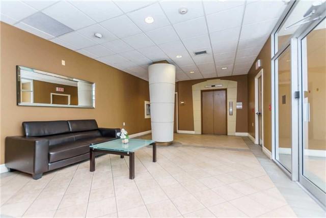 Condo Apartment at 600 Eglinton Ave E, Unit 104, Toronto, Ontario. Image 9