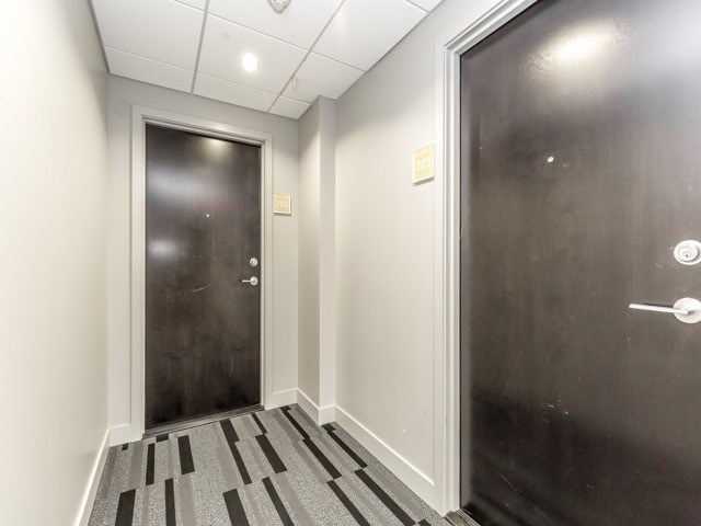 Condo Apartment at 2 Gladstone Ave, Unit 203, Toronto, Ontario. Image 15