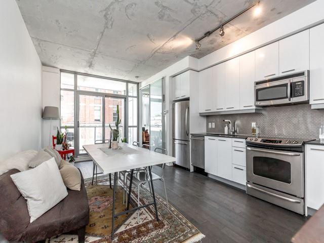 Condo Apartment at 2 Gladstone Ave, Unit 203, Toronto, Ontario. Image 17