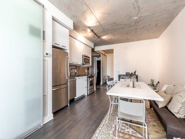 Condo Apartment at 2 Gladstone Ave, Unit 203, Toronto, Ontario. Image 20