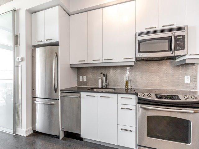 Condo Apartment at 2 Gladstone Ave, Unit 203, Toronto, Ontario. Image 2