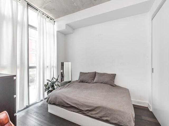 Condo Apartment at 2 Gladstone Ave, Unit 203, Toronto, Ontario. Image 3