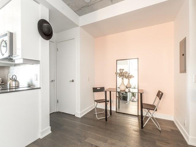 Condo Apartment at 2 Gladstone Ave, Unit 203, Toronto, Ontario. Image 7