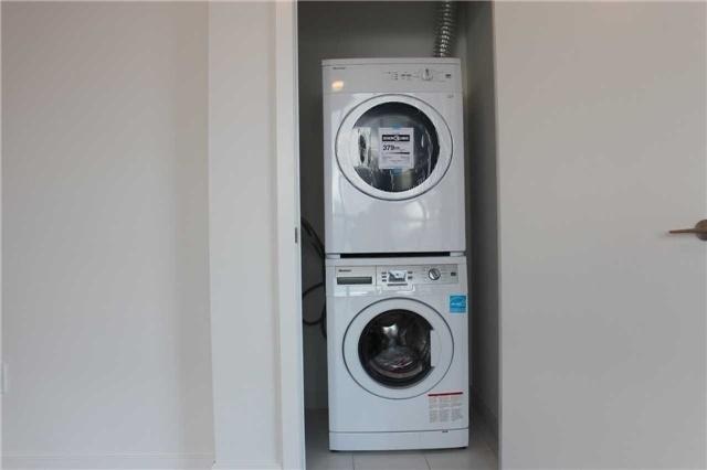Condo Apartment at 52 Forest Manor Rd, Unit 708, Toronto, Ontario. Image 3