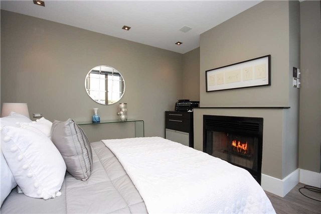 Condo Apartment at 298 Jarvis St, Unit Up03, Toronto, Ontario. Image 5