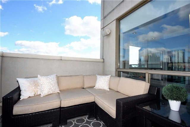 Condo Apartment at 298 Jarvis St, Unit Up03, Toronto, Ontario. Image 10