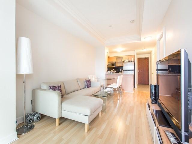 Condo Apartment at 18 Harrison Garden Blvd, Unit Uph3, Toronto, Ontario. Image 13