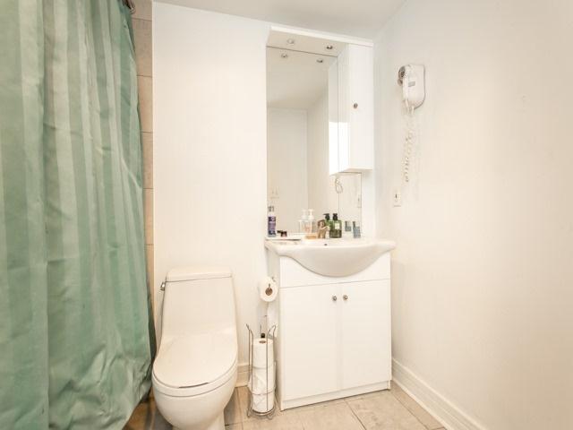 Condo Apartment at 18 Harrison Garden Blvd, Unit Uph3, Toronto, Ontario. Image 2