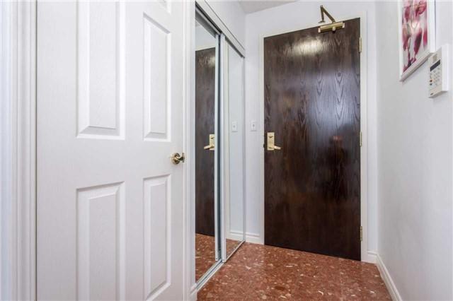 Condo Apartment at 18 Spring Garden Ave, Unit 2310, Toronto, Ontario. Image 12
