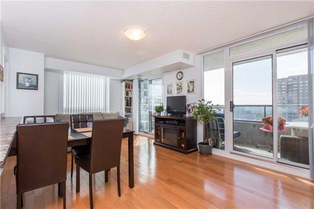 Condo Apartment at 18 Spring Garden Ave, Unit 2310, Toronto, Ontario. Image 17