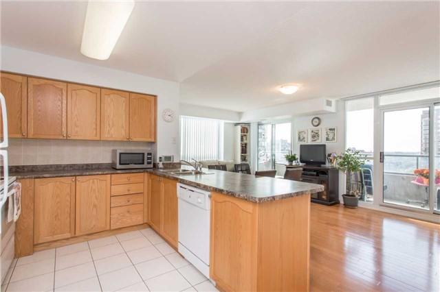 Condo Apartment at 18 Spring Garden Ave, Unit 2310, Toronto, Ontario. Image 3