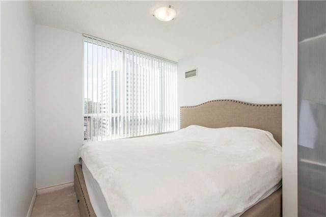 Condo Apartment at 18 Spring Garden Ave, Unit 2310, Toronto, Ontario. Image 4