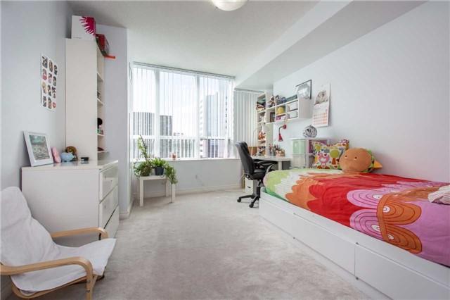 Condo Apartment at 18 Spring Garden Ave, Unit 2310, Toronto, Ontario. Image 5