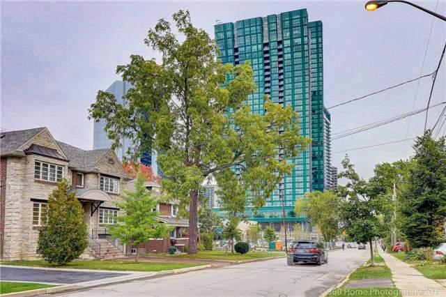 Condo Apartment at 9 Bogert Ave, Unit 2003, Toronto, Ontario. Image 12