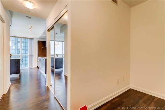 Condo Apartment at 9 Bogert Ave, Unit 2003, Toronto, Ontario. Image 15