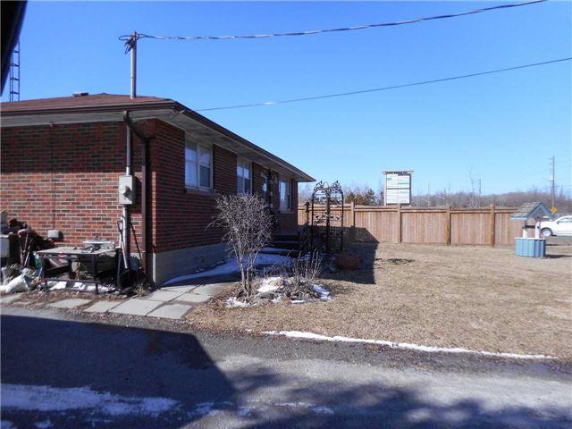 Detached at 1464 Thornton Rd N, Oshawa, Ontario. Image 7
