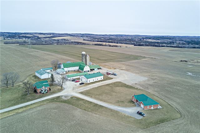 Farm at 6229 Bethesda Rd, Clarington, Ontario. Image 10