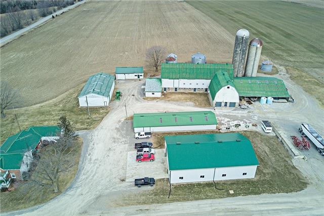 Farm at 6229 Bethesda Rd, Clarington, Ontario. Image 13