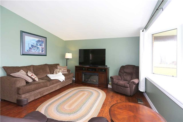 Detached at 173 Mill St, Clarington, Ontario. Image 12