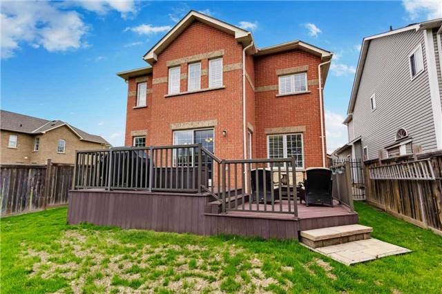 Detached at 44 Elder Pl, Whitby, Ontario. Image 11