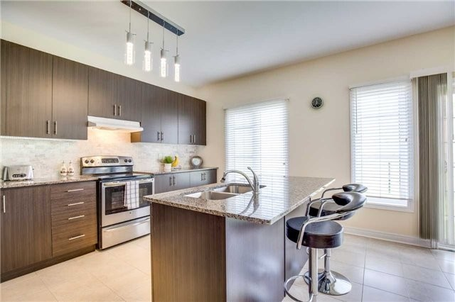 Detached at 1571 Dusty Dr, Pickering, Ontario. Image 18