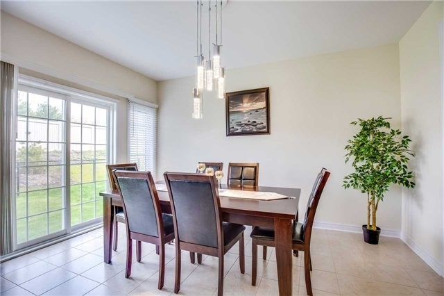 Detached at 1571 Dusty Dr, Pickering, Ontario. Image 19