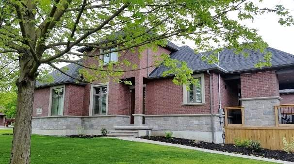 Detached at 46 Queen St, Whitby, Ontario. Image 1