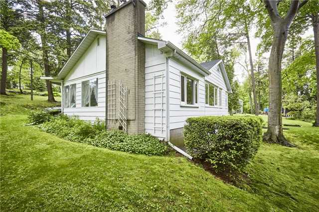 Detached at 1465 Rougemount Dr, Pickering, Ontario. Image 18