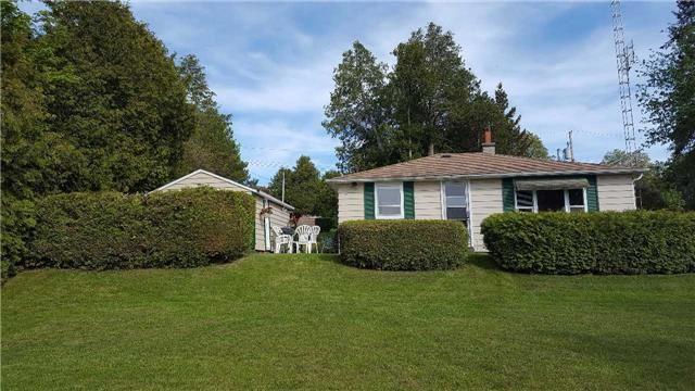 Cottage at 8 Bayview Cres, Scugog, Ontario. Image 1