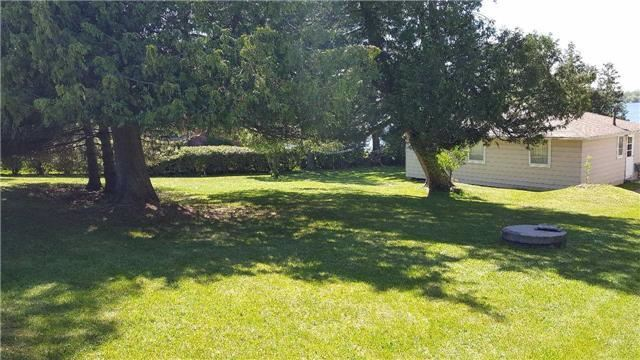 Cottage at 8 Bayview Cres, Scugog, Ontario. Image 12
