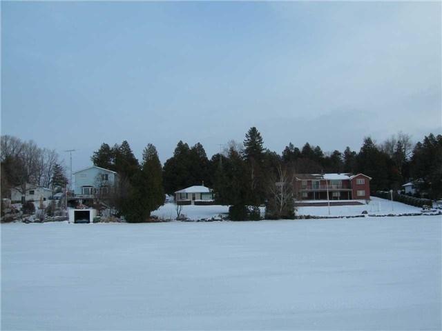 Cottage at 8 Bayview Cres, Scugog, Ontario. Image 9