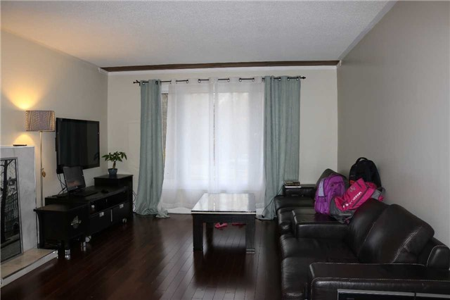 Detached at 6201 Kingston Rd, Toronto, Ontario. Image 9