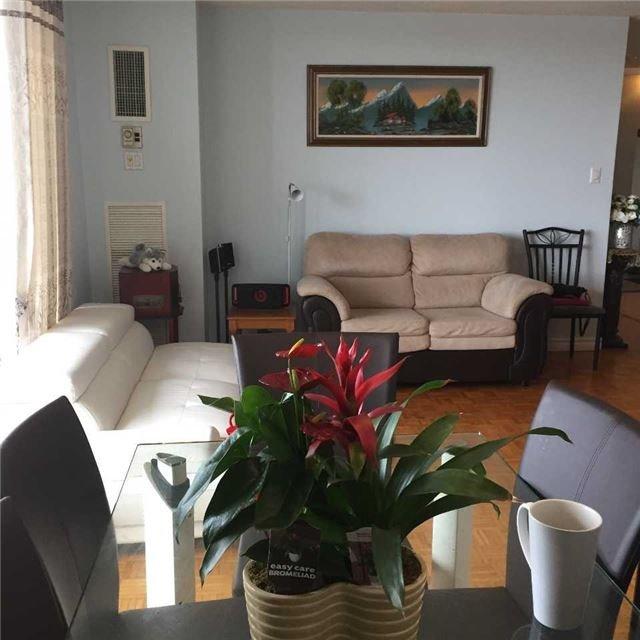Condo Apartment at 301 Prudential Dr, Unit 1212, Toronto, Ontario. Image 13