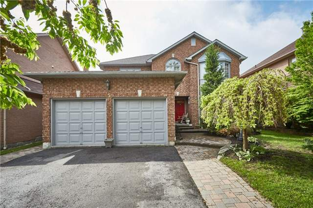 Detached at 5 Cork Dr, Whitby, Ontario. Image 1