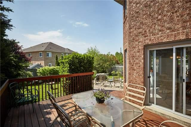 Detached at 5 Cork Dr, Whitby, Ontario. Image 10