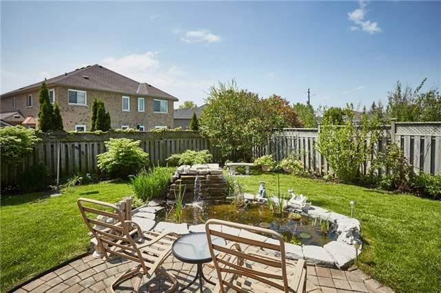 Detached at 5 Cork Dr, Whitby, Ontario. Image 11