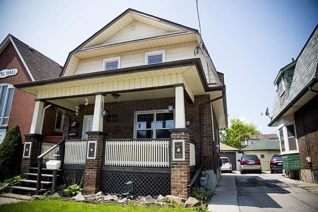 Detached at 146 Albert St, Oshawa, Ontario. Image 1